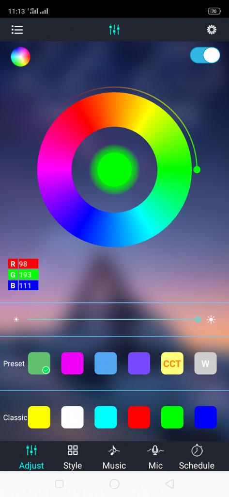 Điều chỉnh màu sắc qua app